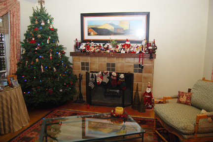 fireplace decoratsed for Christmas