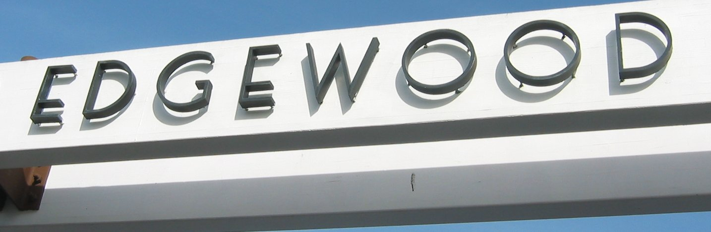 Edgewood Plaza sign